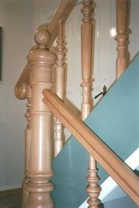 Treppengeländer aus Holz, natur - Gründerzeit