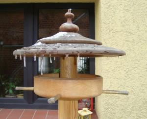 rundes Vogelhaus