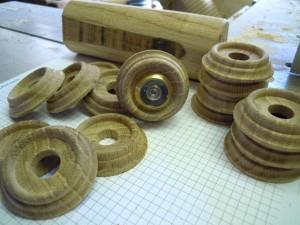 gedrehte Zierrosetten für Türspione