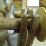 Reparatur altes Spinnrad, Haspel