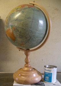 Globus-Gestell fertig montiert